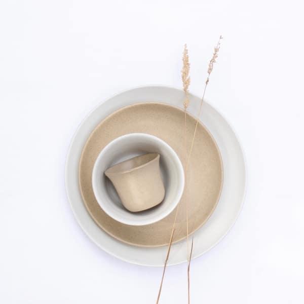 zand en wit borden Ro smit