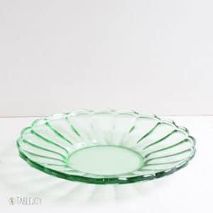 Vintage schaal groen glas