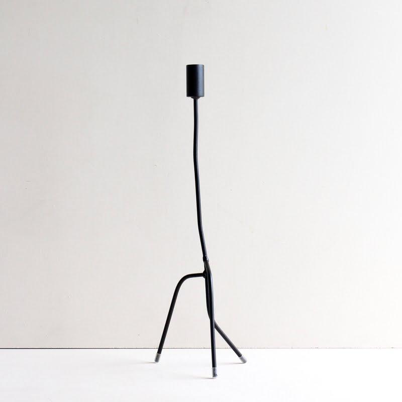 Dunne kandelaar kwijleminhuis zwart mat 50 cm