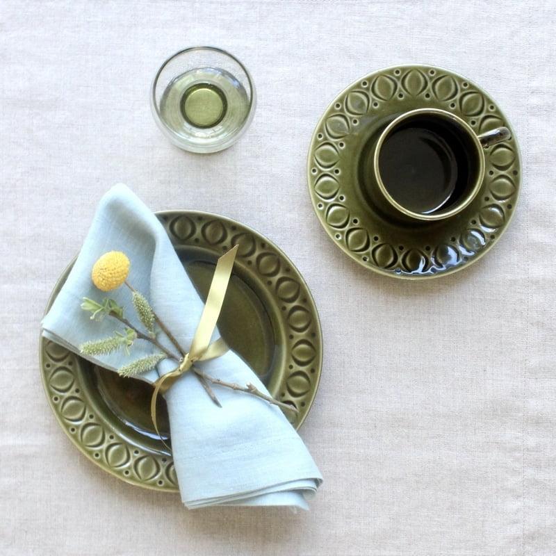 vintage groen servies voor Pasen