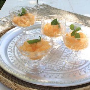 Mix van vintage dessertglazen