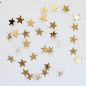 Kerstslinger met gouden sterren
