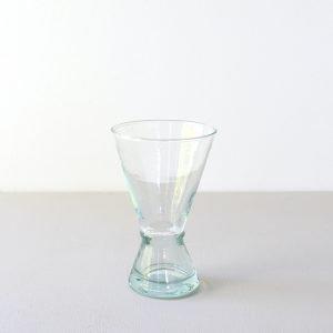 Wijnglas van gerecycled glas